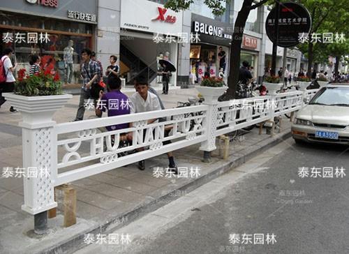 PVC花箱隔离护栏