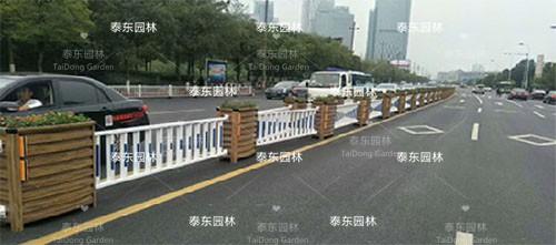 道路隔离护栏花箱